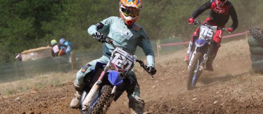 tenues spécialises pour motocross